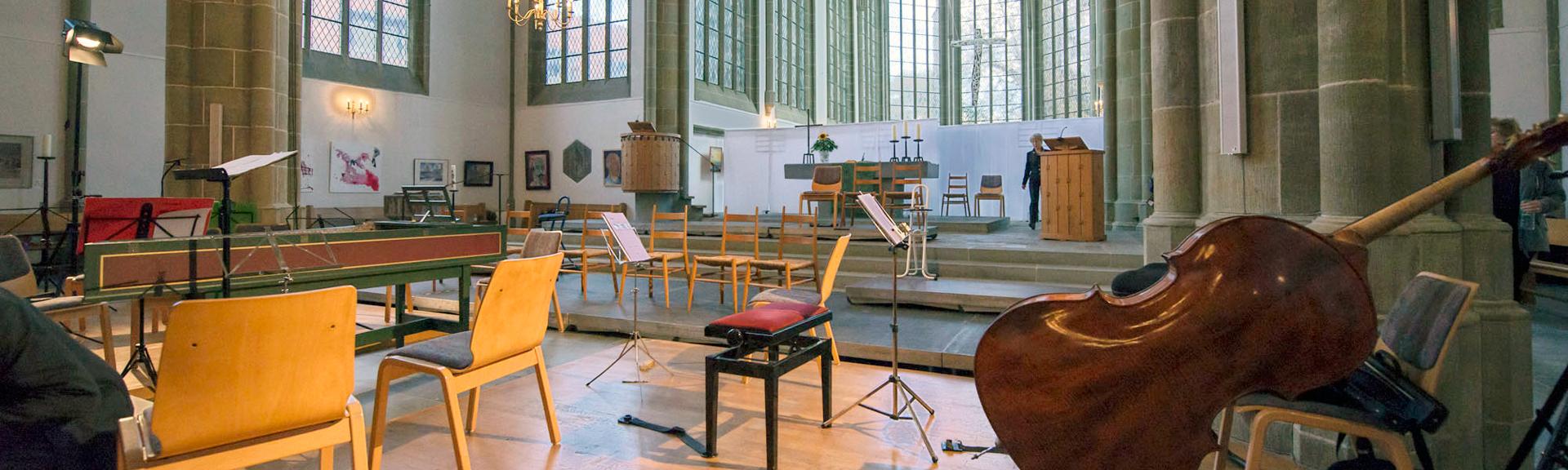 Vor dem Konzert in Neu St. Thomae